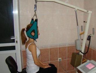При смещении позвонков в шее применяют обычно петлю Глиссона