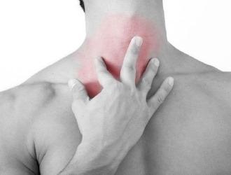 Боль в шее спереди