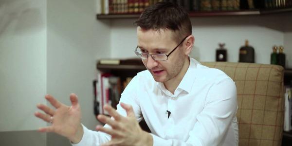 Шамиль Рифатович Аляутдинов сам лично разработал комплекс упражнений, чтобы устранить у себя позвоночную грыжу