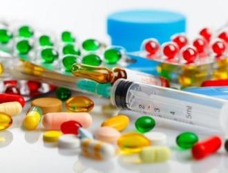 Обычно в лечении хондроза позвоночника применяют комплекс из различных препаратов