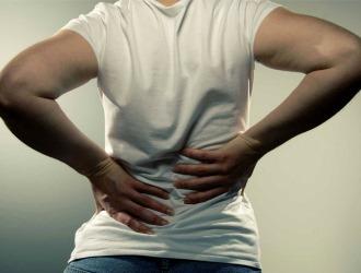Симптомы при хроническом радикулите менее выражены и имеют вялотекущий характер